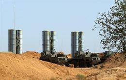 Nga phô diễn năng lực chiến đấu của tên lửa S-400 với tùy viên quân sự nước ngoài