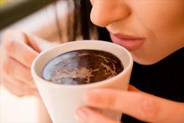 Khỏi COVID-19, cô gái bị loạn khứu, ngửi mùi cà phê ra mùi xăng