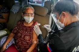 COVID-19 tại ASEAN hết 23/9: Toàn khối thêm 1.214 ca tử vong; Thủ đô Campuchia ngừng hoạt động đông người