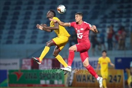 Vòng 3 V-League 2020: Nam Định 'chặn sóng' Viettel tại Thiên Trường