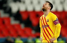 Messi sút hỏng phạt đền, Barcelona chia tay Champions League