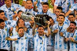 Messi tiến bước dài trong cuộc đua Quả bóng Vàng