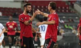 Bruno lập công, Man United giành vé vào bán kết