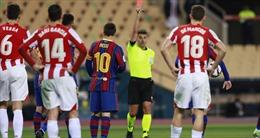 Messi nghỉ 'dài tập' vì thẻ đỏ trực tiếp