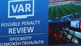 VAR sẽ được sử dụng đồng thời tại Champions League mùa tới, Siêu cúp châu Âu 2019 và Euro 2020