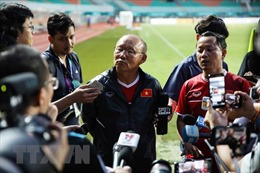 Chờ tài ông Park Hang-seo để phá 'dớp' bán kết AFF Cup