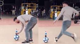 'Thử thách Messi' dễ dàng bị vượt qua bởi một cậu bé... khoác áo Ronaldo