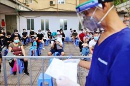 Sáng 19/7, Việt Nam có thêm 2.015 ca mắc mới COVID-19 tại 20 tỉnh, thành phố