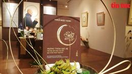 'Hương thơm quê mẹ' - Triển lãm thư pháp và sách của Thiền sư Thích Nhất Hạnh