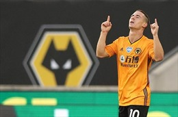 'Bầy sói' Wolverhampton vượt mặt 'Gà trống' Tottenham
