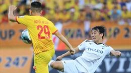 Ấn tượng ngày bóng đá Việt Nam trở lại