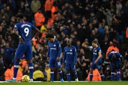 Man City đưa 'bầy trẻ' nhà Lampard trở lại mặt đất