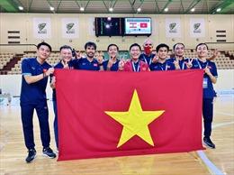 Đội tuyển Futsal Việt Nam về nước trong ngập tràn lời chúc mừng