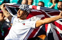 Lewis Hamilton vô địch F1 mùa giải 2019, áp sát 'kỳ quan thứ 7' của Schumacher