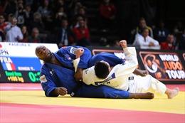 Bất ngờ lớn tại giải Judo thế giới, võ sĩ 10 năm bất bại Teddy Riner bị hạ gục