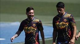 Messi oán trách việc Barcelona để Suarez ra đi