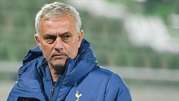 Mourinho đưa Tottenham dẫn đầu Ngoại hạng Anh như thế nào?