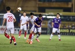 Hà Nội FC may mắn khi có Quang Hải, Văn Quyết
