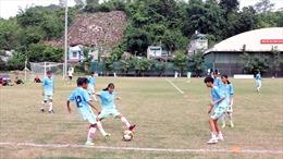 Gian nan xây nền bóng đá nữ: Ai cứu bóng đá nữ Sơn La?