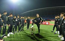 U18 Hàn Quốc bị tước danh hiệu sau màn giẫm chân lên cúp vô địch