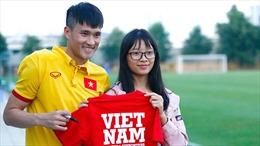 Xuất khẩu cầu thủ: Câu hỏi lớn cho bóng đá Việt
