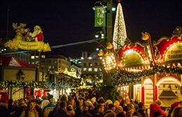Không khí rộn ràng chào đón Giáng sinh, Năm mới ngập tràn trên thế giới