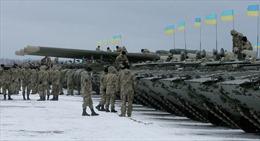 Ukraine có thể thiệt hại hàng tỷ USD vì thiết quân luật