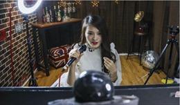 Đột nhập lò luyện 'sao' mạng xã hội chuyên live-stream bán hàng ở Quảng Châu