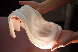 Độc đáo loại vải biết 'lắng nghe' cơ thể, tự làm mát và sưởi ấm người mặc