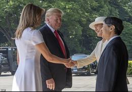 Hé lộ món quà cảm động Đệ nhất Phu nhân Mỹ tặng Hoàng hậu Nhật Bản