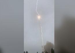 Tên lửa đẩy Soyuz của Nga bị sét đánh giữa không trung