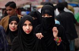 Ấn Độ hình sự hóa hủ tục 'ly hôn tức thì'