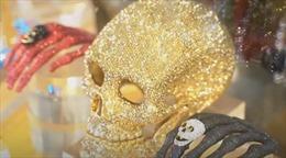 Tạo hình ghê rợn làm trang sức Halloween