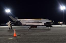 Máy bay vũ trụ X-37B Mỹ báo hiệu mặt trận quân sự mới?