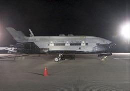 Tàu con thoi X-37B trở về Trái Đất