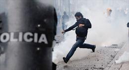 Ecuador ban bố tình trạng khẩn cấp vì biểu tình