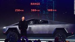 Elon Musk giải thích lý do cửa xe Cybertruck vỡ sau cú ném bi sắt