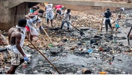Đất nước huy động toàn dân xuống đường dọn vệ sinh mỗi tháng