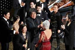 Điện ảnh Hàn Quốc thắng lớn tại Oscar 2020