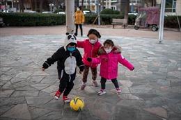 Vì sao virus Corona ít tác động đến trẻ nhỏ?