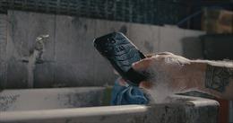 Điện thoại 'kháng khuẩn' đầu tiên trên thế giới có giá 7 triệu đồng
