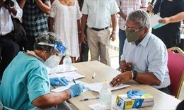 Tổng thống Seychelles bác tin vaccine Trung Quốc đứng sau đợt bùng phát COVID-19
