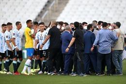 Trận vòng loại Brazil-Argentina bị dừng đột ngột vì cầu thủ trốn cách ly