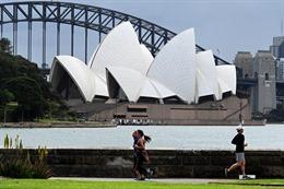 Australia mở cửa biên giới, nối lại chuyến bay quốc tế từ tháng 11