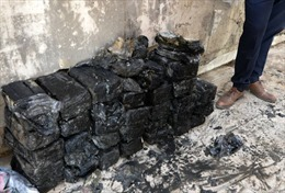 Iraq phát hiện hàng trăm bọc tiền do nhóm khủng bố IS cất giấu