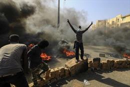 Hàng chục nghìn người dân Sudan xuống đường biểu tình, phản đối đảo chính