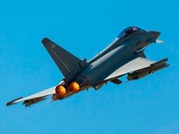 Typhoon Anh xuất kích chặn chiến đấu cơ Nga trên Biển Đen