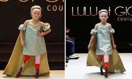 Mẫu nhí không chân rạng ngời trên sàn diễn thời trang