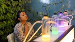 Dịch vụ 'trả tiền để thở' gây sốt tại Ấn Độ