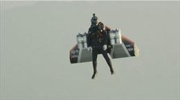 Người bay 'liều mạng' chinh phục cổng trời Trung Quốc